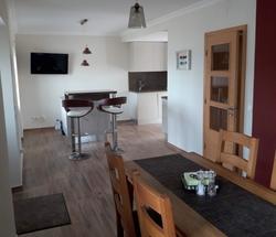 3 Bedroom Villa Foz do Arelho, Silver Coast Ref :AV1948