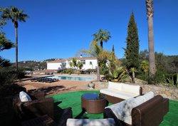 4 Bedroom Villa Loule, Central Algarve Ref :PV3398