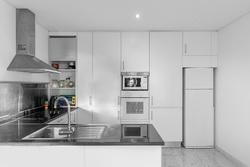 4 Bedroom Villa Porto, Porto Ref :AVP35