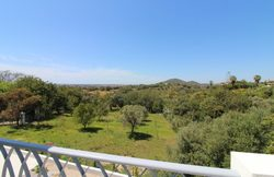 3 Bedroom Villa Loule, Central Algarve Ref