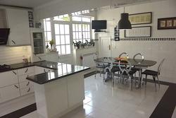 4 Bedroom Villa Caldas da Rainha, Silver Coast Ref :AV1957