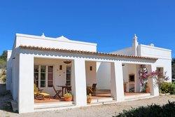 4 Bedroom Villa Loule, Central Algarve Ref