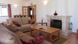 4 Bedroom Villa Foz do Arelho, Silver Coast Ref :AV1965