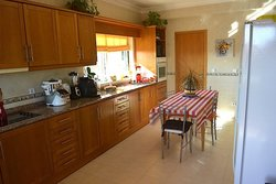4 Bedroom Villa Caldas da Rainha, Silver Coast Ref :AV1966