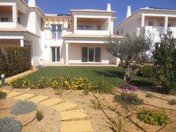 4 Bedroom Villa Vilamoura, Central Algarve Ref :AVA33