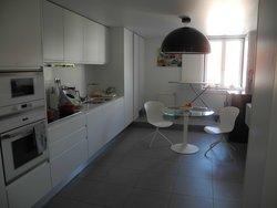 4 Bedroom Apartment Lisbon, Lisbon Ref :AAI320