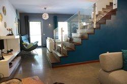 4 Bedroom Villa Cascais, Lisbon Ref :AVI324