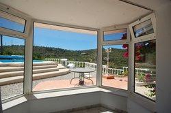 3 Bedroom Villa Estoi, Central Algarve Ref :JV10354