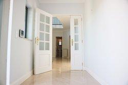 3 Bedroom Villa Cascais, Lisbon Ref :AVI330