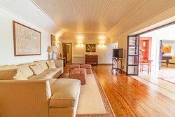 7 Bedroom House Montemor-o-Novo, Alentejo Ref :AVI331