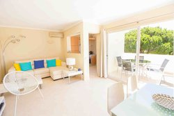 1 Bedroom Apartment Vale do Lobo, Central Algarve Ref :PA3491