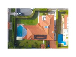 4 Bedroom Villa Cascais, Lisbon Ref :AVM184