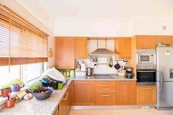 2 Bedroom Apartment Loule, Central Algarve Ref :PA3502