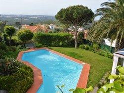 4 Bedroom Villa Cascais, Lisbon Ref :AVM189