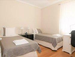 3 Bedroom Apartment Lisbon, Lisbon Ref :AAM191