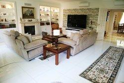 4 Bedroom Apartment Cascais, Lisbon Ref :AAI335