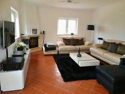 3 Bedroom Villa Caldas da Rainha, Silver Coast Ref :AV2009