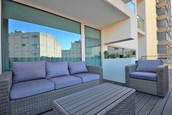 4 Bedroom Apartment Vila Nova de Gaia, Porto Ref :AAP46