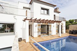 4 Bedroom Villa Sao Bras de Alportel, Central Algarve Ref :JV10376