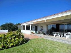 5 Bedroom Villa Cascais, Lisbon Ref :AVM211