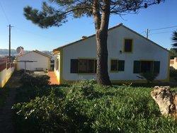 2 Bedroom Villa Foz do Arelho, Silver Coast Ref :AV2031
