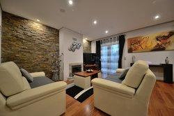 3 Bedroom Villa Vila Nova de Gaia, Porto Ref :AVP67