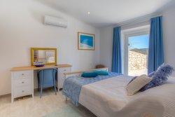 4 Bedroom Villa Santa Barbara de Nexe, Central Algarve Ref :JV10409