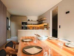 5 Bedroom Villa Cascais, Lisbon Ref :AVM224
