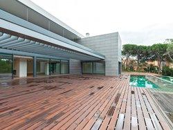7 Bedroom Villa Cascais, Lisbon Ref :AVM227