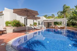 4 Bedroom Villa Almancil, Central Algarve Ref :MV23445