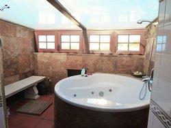 4 Bedroom Villa Sintra, Lisbon Ref :AVM244