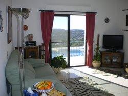 2 Bedroom Villa Sao Bras de Alportel, Central Algarve Ref :JV10423