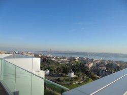 4 Bedroom Apartment Lisbon, Lisbon Ref :AMA12332