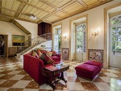 5 Bedroom Villa Lisbon, Lisbon Ref :AMV12912