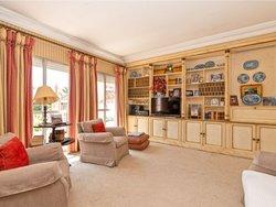 6 Bedroom Apartment Lisbon, Lisbon Ref :AMA13557
