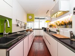 4 Bedroom Apartment Lisbon, Lisbon Ref :AMA14020