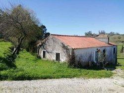 4 Bedroom Villa Caldas da Rainha, Silver Coast Ref :AV2062