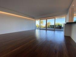 2 Bedroom Apartment Cascais, Lisbon Ref :AAI345