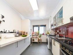 2 Bedroom Apartment Cascais, Lisbon Ref :AMA14148