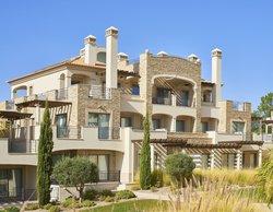 3 Bedroom Apartment Vilamoura, Central Algarve Ref :MA23443B
