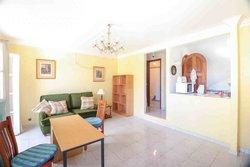 2 Bedroom Apartment Quarteira, Central Algarve Ref :PA3574