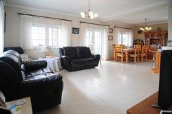 3 Bedroom Villa Sao Martinho do Porto, Silver Coast Ref :AV2075