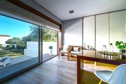 3 Bedroom House Porto, Porto Ref :AVP71