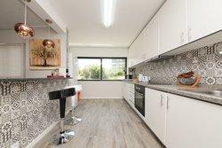 4 Bedroom Apartment Vila Nova de Gaia, Porto Ref :AAP77