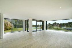 4 Bedroom Villa Cascais, Lisbon Ref :AVI356