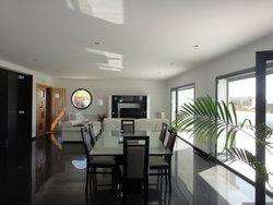 4 Bedroom Villa Bombarral, Silver Coast Ref :AV2084