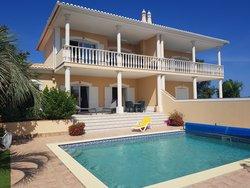 3 Bedroom Villa Praia da Luz, Western Algarve Ref :GV533