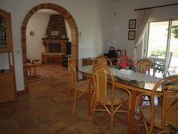3 Bedroom Villa Loule, Central Algarve Ref :RV5462
