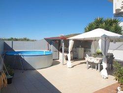 4 Bedroom Villa Santa Barbara de Nexe, Central Algarve Ref :RV5463