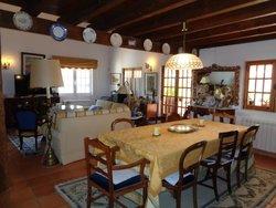2 Bedroom Villa Caldas da Rainha, Silver Coast Ref :AV1502